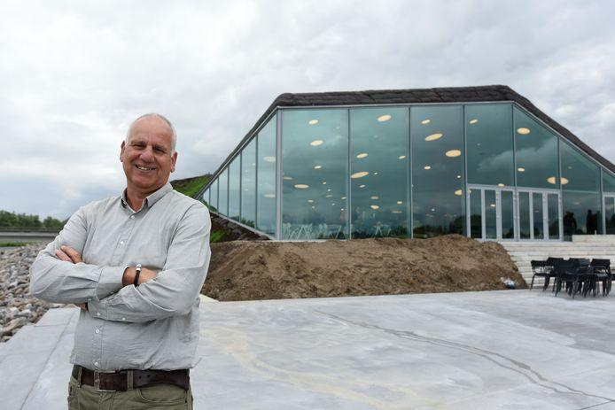 Directeur Peter van Beek.