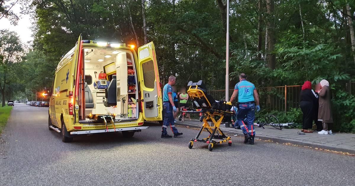 Wielrenner gewond bij botsing met auto in Nijmegen.