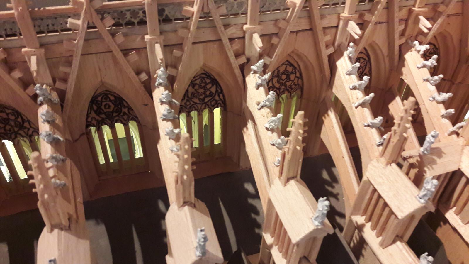 Schaalmodel van de Sint-Jan, gebouwd door Riny van Hassel. De maquette is vanaf maandag te zien in de bouwloods, het Sint-Jansmuseum