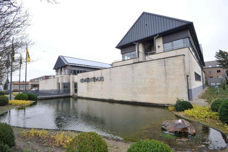 Het gemeentehuis van Steenokkerzeel is vaak het decor van kibbelende meerderheidspartijen.