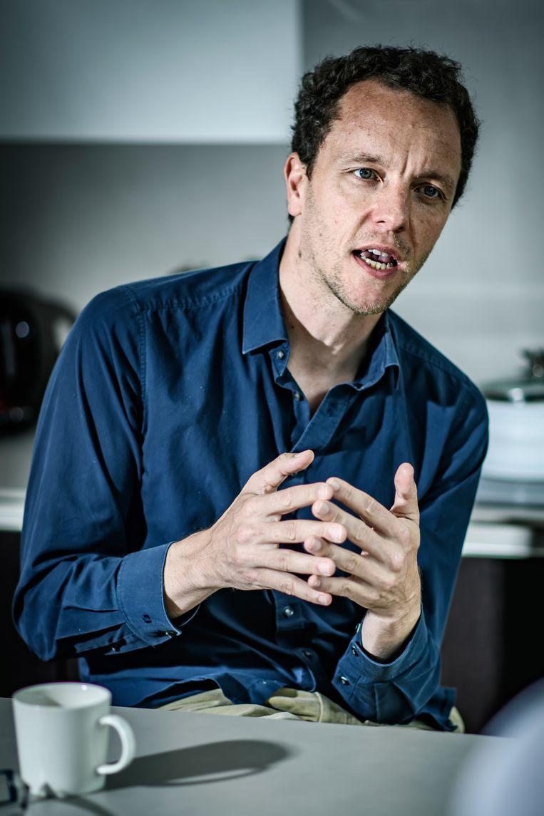 Thomas Goorden (rechts): 'Het wordt je als actievoerder steeds moeilijker gemaakt. Minister van Leefmilieu Joke Schauvliege (CD&V) was daar al erg bedreven in, minister Zuhal Demir (N-VA) is dat net zo goed.' Beeld Geert Van de Velde