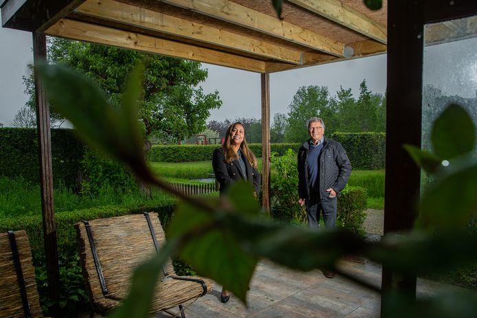 Orlanda Adams en Ben van Ooijen in de Tuinen van Appeltern.