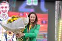 Derwael kreeg toepasselijk geelgouden bloemen om haar overwinning te vieren.