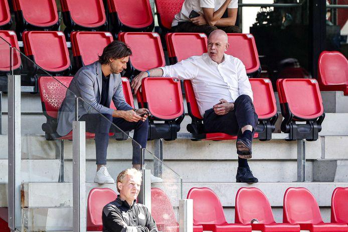 John de Jong en Toon Gerbrands, afgelopen zomer op trainingscomplex De Herdgang van PSV.