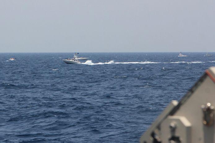 Een beeld van de Iraanse speedboten dat werd vrijgegeven door de Amerikaanse marine.