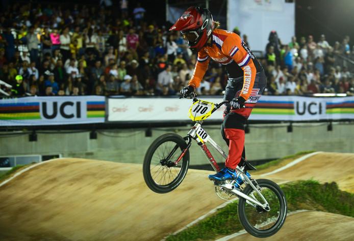 Laura Smulders in actie tijdens het WK BMX in Medellin.