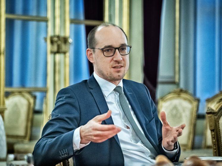 """Vicepremier Vincent Van Peteghem: """"Perfect mogelijk dat we volgende week niets beslissen. Of zelfs verstrengen"""""""