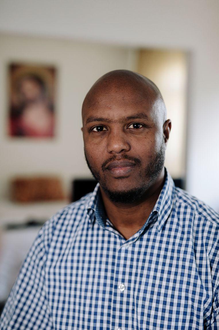 Abraham Foto is sinds een jaar data-analist bij PricewaterhouseCoopers. Beeld Marc Driessen