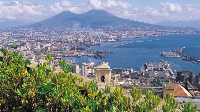Vesuvius heeft grote broer: Supervulkaan kan leven in heel Europa bedreigen