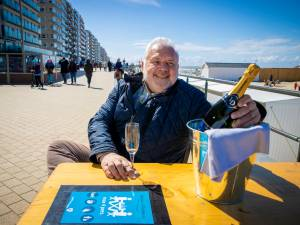Jean-Marie Dedecker vindt achterpoortje om terrassen in Middelkerke legaal te plaatsen vanaf 1 mei