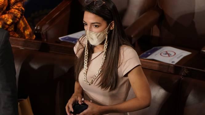 """""""Ik dacht dat ik ging sterven"""": bekend Amerikaans congreslid AOC getuigt over bestorming Capitool"""