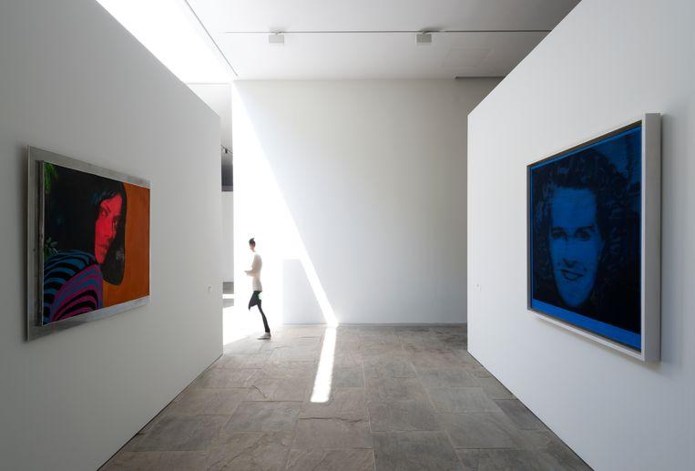 Werken van Martial Raysse en Gerhard Richter. Beeld Marc Domage