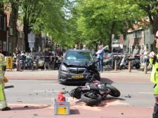 Motorrijder (19) raakt gewond bij crash aan de Sweder van Zuylenweg in Utrecht