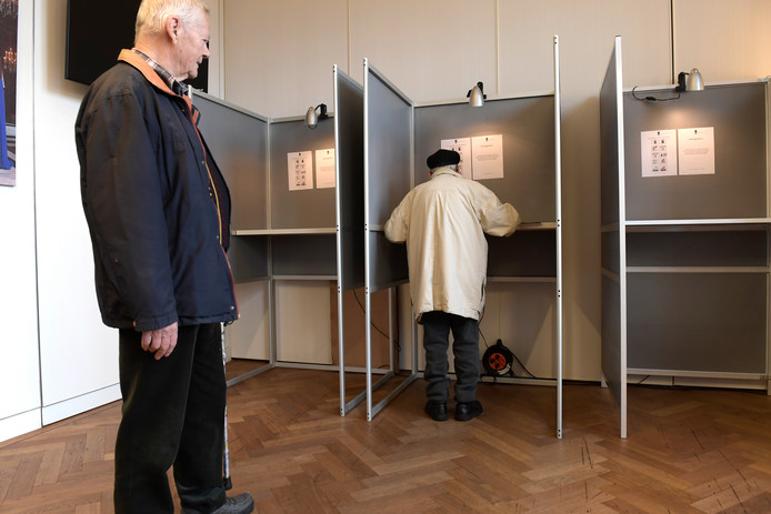 Stemmen (foto ter illustratie)