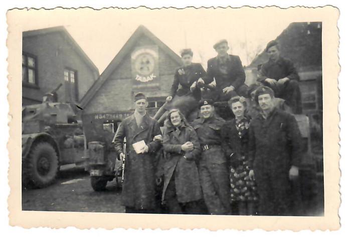 De Manitoba Dragoons hielden hoofdkwartier in Westerhaar, in panden van de familie Klinkhamer.