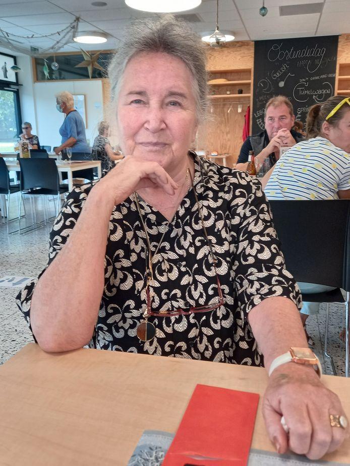 Petronella Canters (84) had het naar haar zin op het nieuwjaarsfeestje.