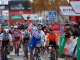 Samenvatting | Sam Bennett wint eerste massasprint in Vuelta