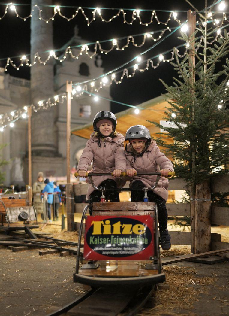 De Kerstmarkt in Wenen Beeld JOE KLAMAR / AFP