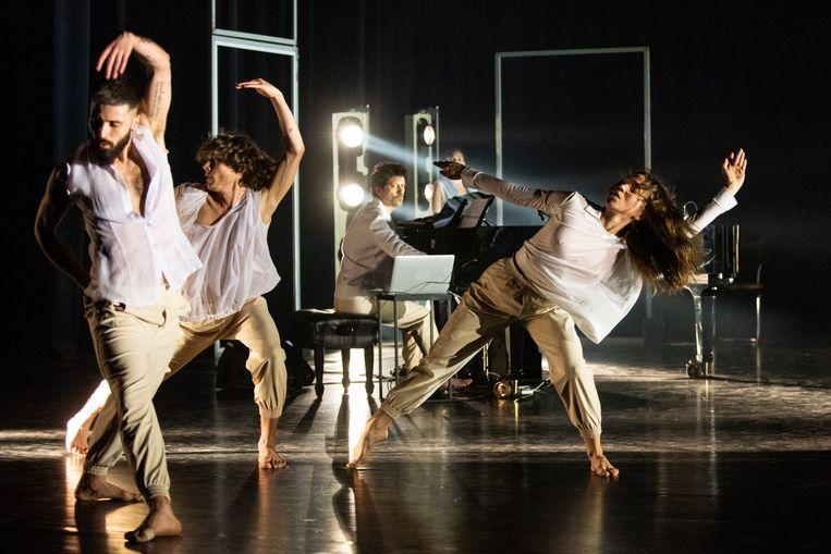 The Greenhouse Dances van choreografenduo LeineRoebana en componist Lorenzo Pagliei. Beeld Anna van Kooij