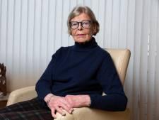 Joke (80) kan dankzij burenhulp haar dementerende man weer zien