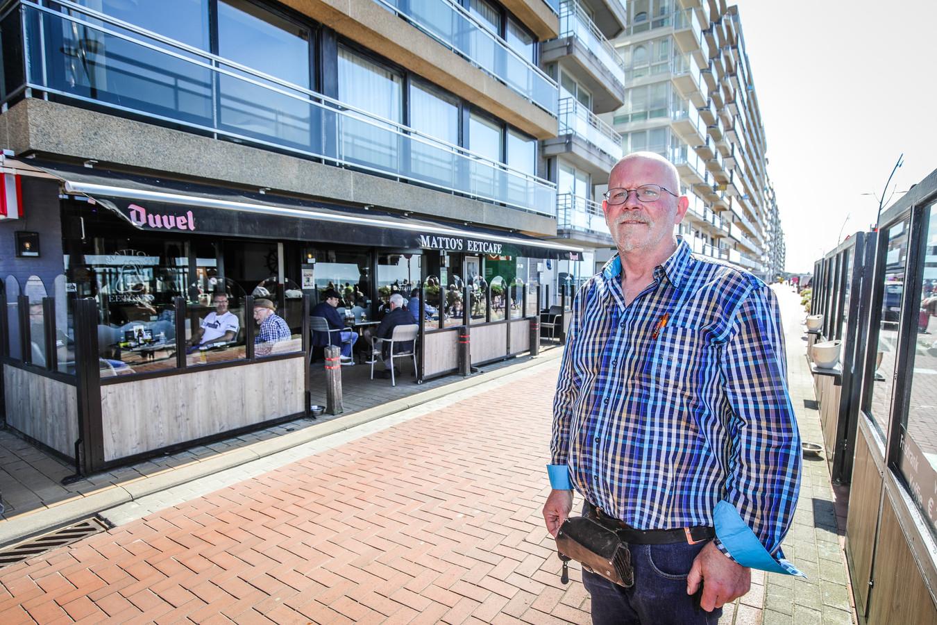 Matto Peerenboom van Matto's Eetcafé op de Zeedijk kan opnieuw gasten ontvangen.