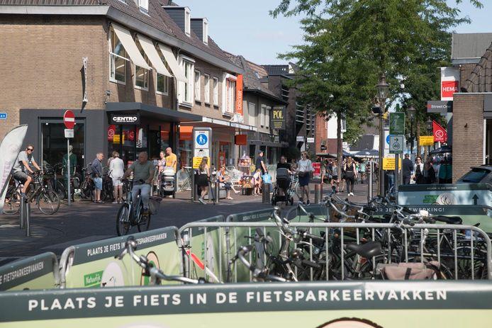 Sinds vorig jaar geldt al een parkeerverbod voor fietsen in het centrum van Nunspeet. Deze proef wordt nu omgezet in een permanent verbod.