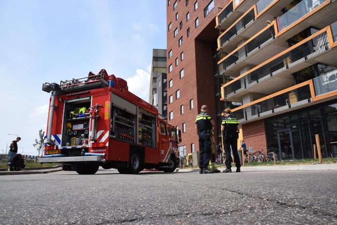 De brandweer moest zondag naar de 19e verdieping van de Nimbustoren aan de Nijmeegse Spoorstraat.
