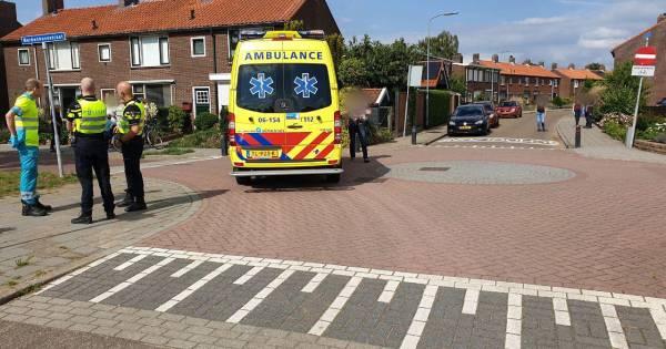 Kind gewond door aanrijding met taxi in Aalten.