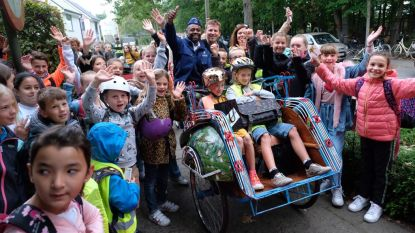 Met De Buurtpolitie in riksja naar school: Brasschaat lanceert verkeerscampagne in Hollywoodstijl