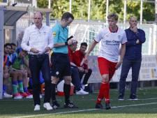 Ajax amateurs verliezen kort voor bezoek Cambuur met 9-0 en ontslaan trainer