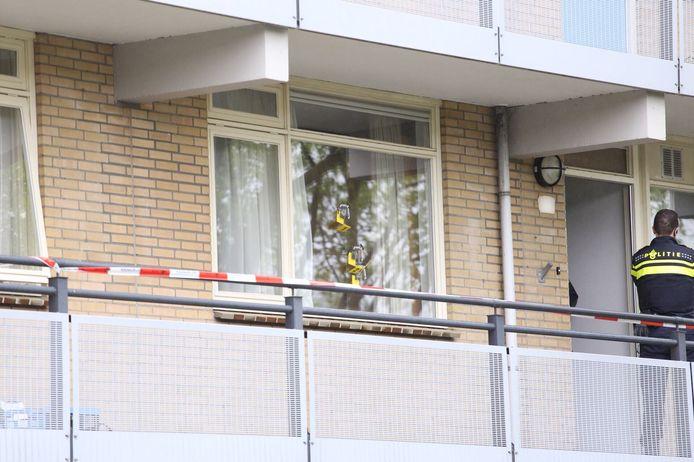 De woning aan de VIncent van Goghstraat in Rijssen die in 2018 mogelijk door de verdachte is beschoten. De Rijssenaar wordt samen met een man uit Enschede verdacht van beschietingen, inbraken en brandstichtingen in de regio.