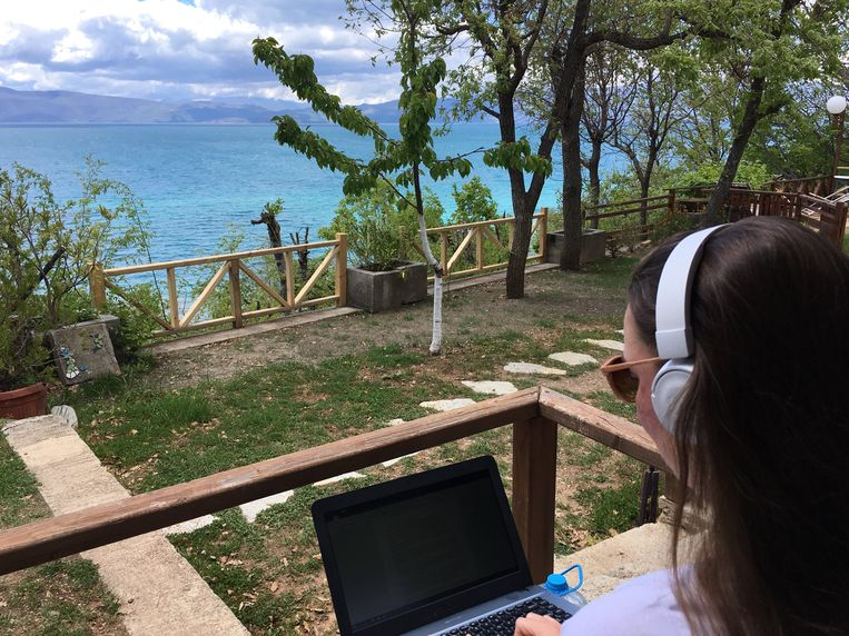 Tessa Jonker ging naar Macedonië om aan haar scriptie te werken. Beeld Andrina Sol/Reizen voor Focus