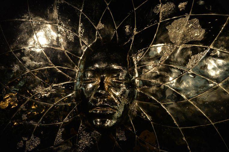 'Golden Mask' maakt deel uit van de expo 'Treasures from the Wreck of the Unbelievable' in Punta della Dogana en het Palazzo Grassi in Venetië. Beeld EPA