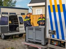 Politie doet inval in woonwagen Spijkenisse