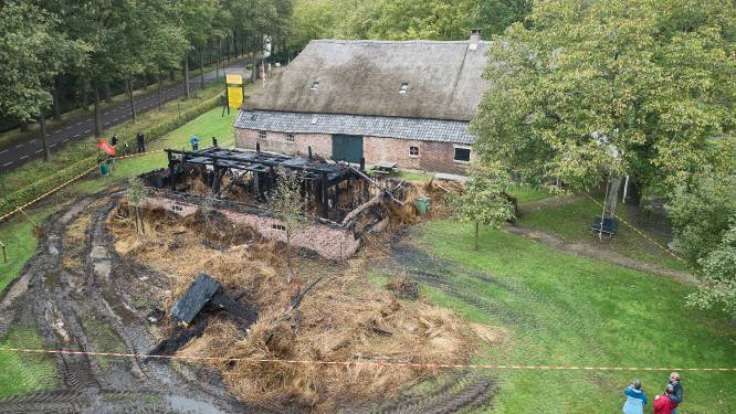 Vrijwilligers nemen schade op na brand in museum: 'Wat hier verloren is gegaan, is nergens meer te krijgen'