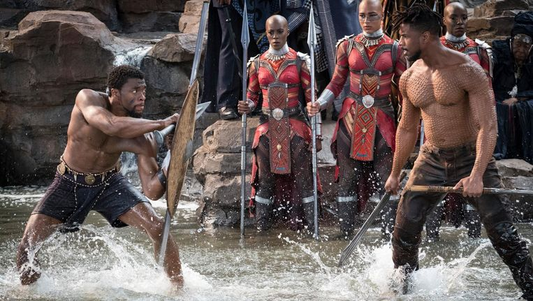 Black Panther (Chadwick Boseman) en Erik Killmonger (Michael B. Jordan) Beeld Marvel
