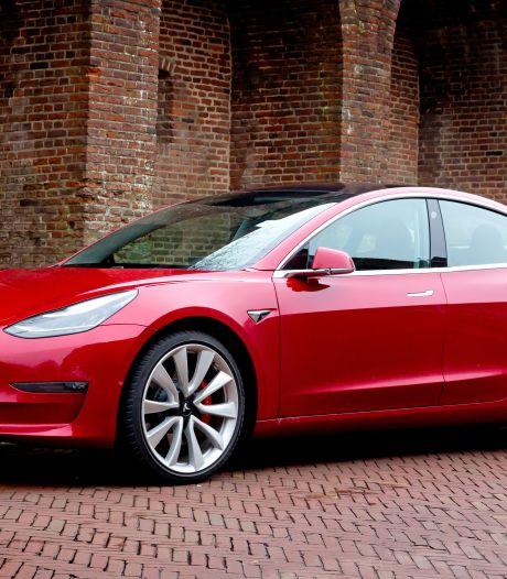 Tesla Model 3 krijgt update die betrouwbaarder de actieradius aangeeft
