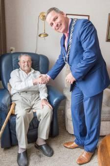 Burgemeester nu wel welkom bij 105-jarige