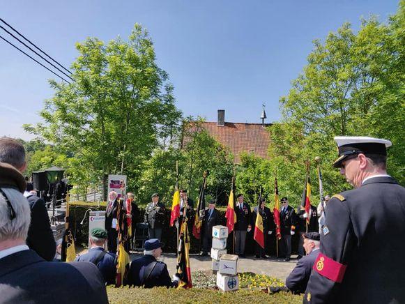 In Kuurne is vanmorgen voor de 73ste keer de Slag aan de Leie herdacht. Het is intussen 79 jaar geleden dat zo'n 150 soldaten van het 12de Linie-regiment om het leven kwamen toen ze in 1940 de Duitsers wilden weghouden uit Kuurne