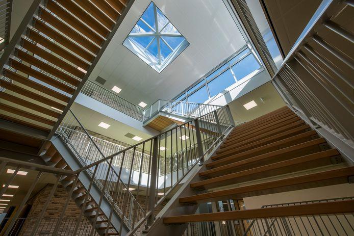Het nieuwe trappenhuis.