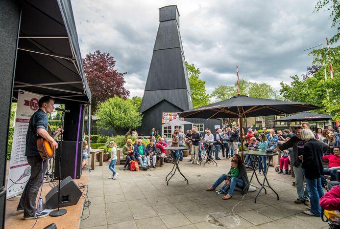 In het centrum van Boekelo zijn op eerste en tweede pinksterdag talloze activiteiten.