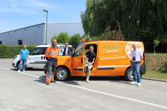 De gemeente kocht twee nieuwe CNG-wagens aan voor openbare werken.