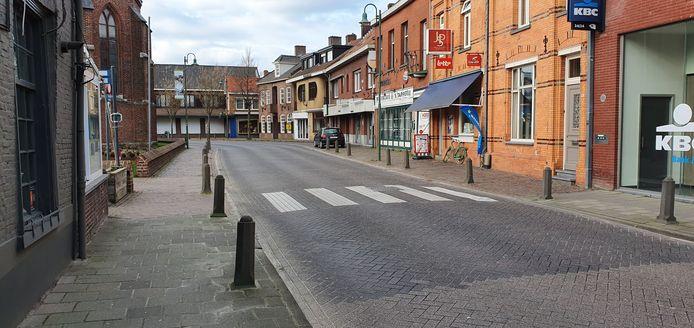 In Baarle-Hertog is alles verplicht gesloten, maar in Baarle-Nassau is daar nog geen sprake van.