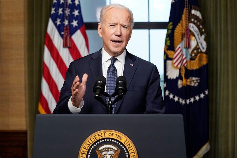 De Amerikaanse president Joe Biden tijdens de aankondiging van de terugtrekking uit Afghanistan. Beeld AP