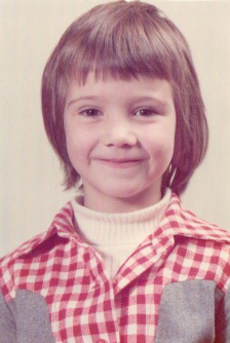 Jeugdfoto van Janneke Vreugdenhil. Beeld