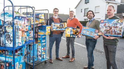 Kiwanis Universus Oudenaarde schenkt voor 3.000 euro speelgoed aan Ruyskensveld Maarkedal