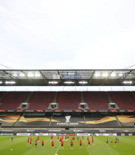 FC Köln en Leverkusen vullen stadion met twintig procent