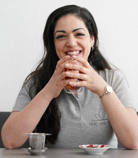 Vergeet koffie, schrap de wijn! Drink eens thee, zegt Sevgi: 'Het is veel meer dan een dorstlesser'