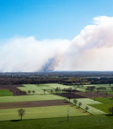 Important incendie dans une réserve naturelle, les habitants d'Anvers priés de garder leurs fenêtres fermées