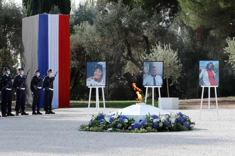 Nadine Devillers, Vincent Loquès en Simone Barreto Silva kwamen op 29 oktober om het leven bij een aanslag in het Franse Nice. Beeld Photo News